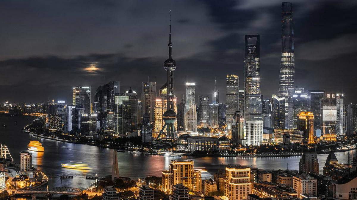 2017年末中国城镇化率升至58.52%