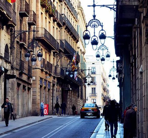 春节假期赴巴塞罗那中国游客日渐增多 使馆发提醒