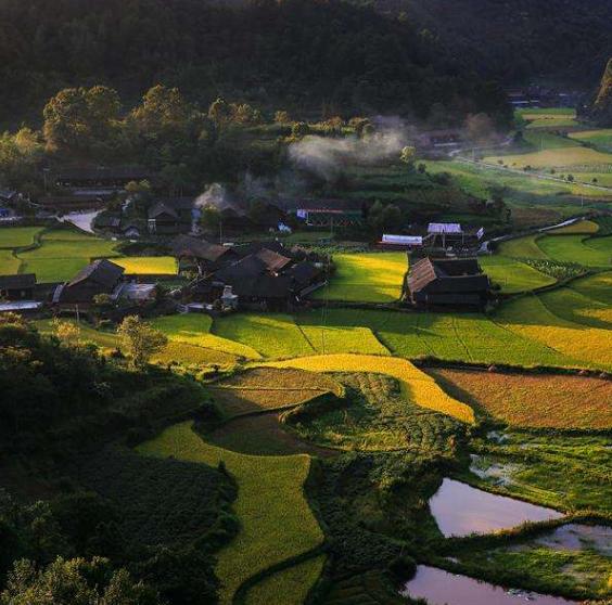张家界:文化旅游让贫困乡焕发生机