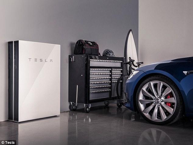 特斯拉将在美售太阳能屋顶瓦和Powerwall电池