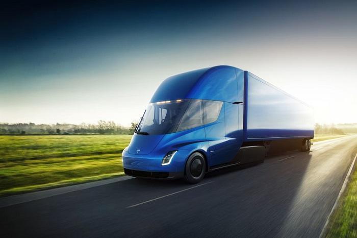 特斯拉将与其它公司携手共建Semi电动卡车充电站