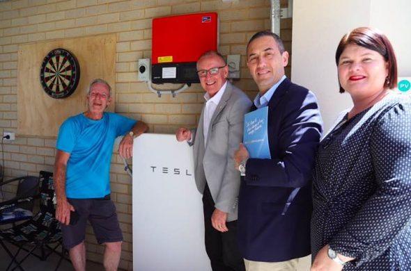 特斯拉计划在澳大利亚建立一组世界最大的蓄电池