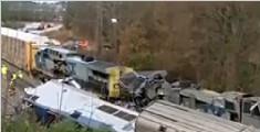 南卡罗来纳州火车相撞 致2人死亡116人受伤