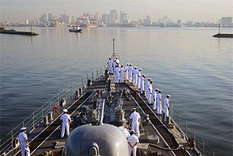 日本驱逐舰完成菲律宾访问离港 和菲舰联合演习