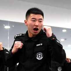 """新春见闻:""""95后""""铁路特警的首个春运"""