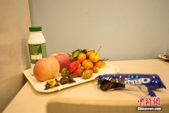 台媒:研究发现不仅吃零食会胖 听到零食也会胖