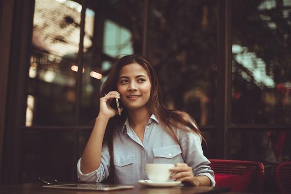 被骗很久:接电话不会让大脑发生癌变更快死亡