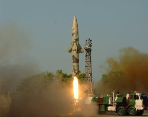 印度接连试射两款短程弹道导弹 均可携带核武