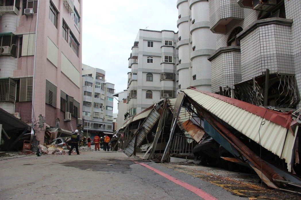 花莲地震遇难者增至10人:其中有4人确认为陆籍女子