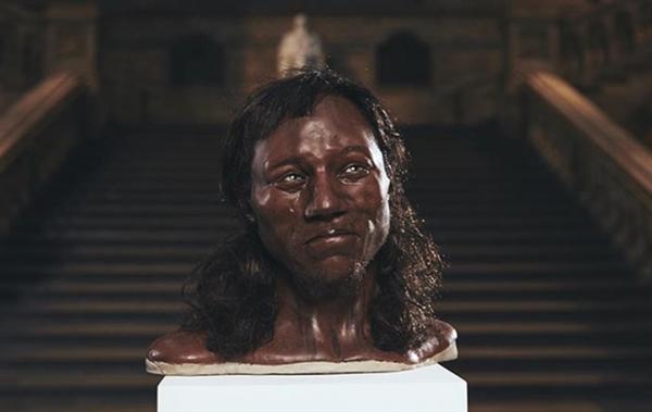 科学家DNA还原万年前人类模样:真是很意外