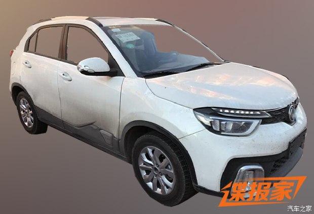 125马力 东风风神AX4 1.0T车型谍照曝光