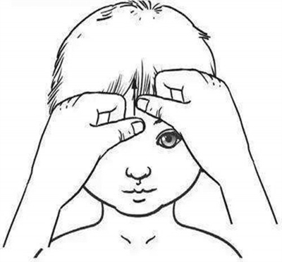 小孩伤风发热可以不吃药注射? 四穴推拿可防治