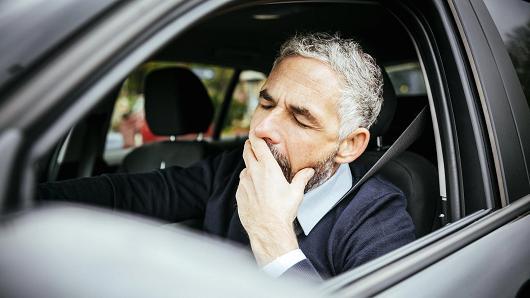 美调查:10%的车祸由疲劳驾驶造成!