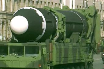 导弹!朝鲜建军节大阅兵透出哪些军备信号?