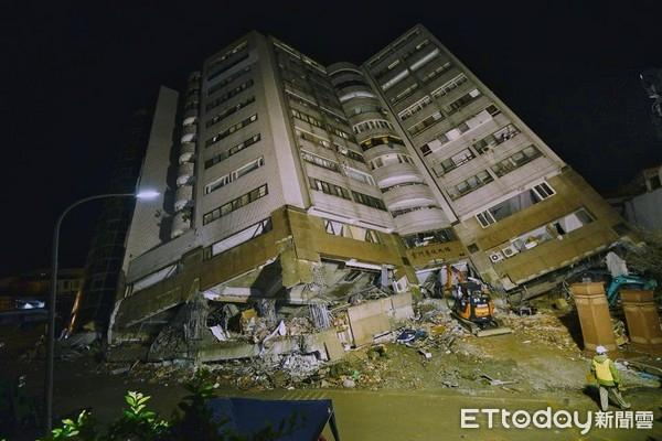 台湾花莲地震已致11人遇难 云翠大楼发现一具遗体