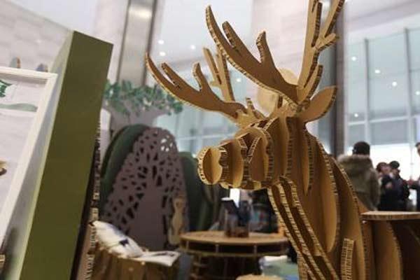 硬纸板咖啡馆亮相南京 根植环保理念