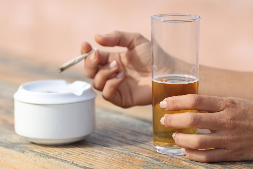 俄罗斯人越活越健康?控烟控酒政策见成效