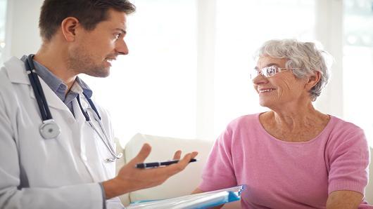 """研究发现:术前""""训练""""有助于老年患者更快康复"""