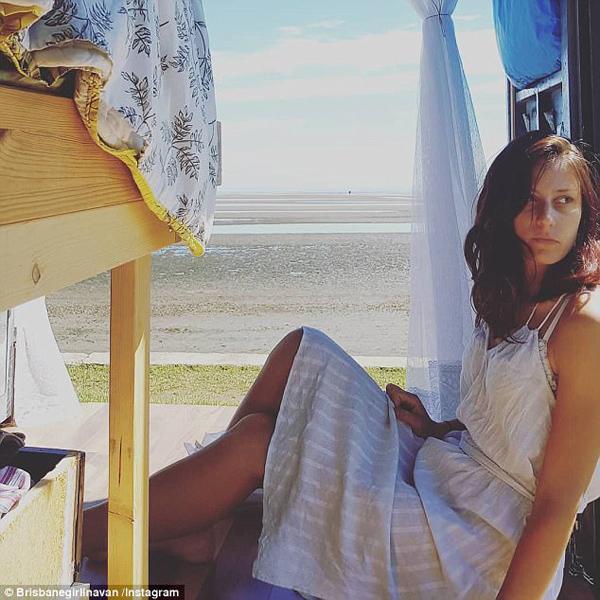 放飞自我!澳28岁女子驾驶自制房车畅游全澳