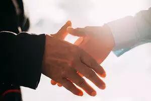 """阿里""""重建""""印电商网络 已合并两家电商业务"""