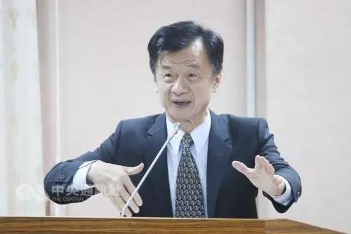 """台""""法务部长""""邱太三:特赦阿扁还太早"""