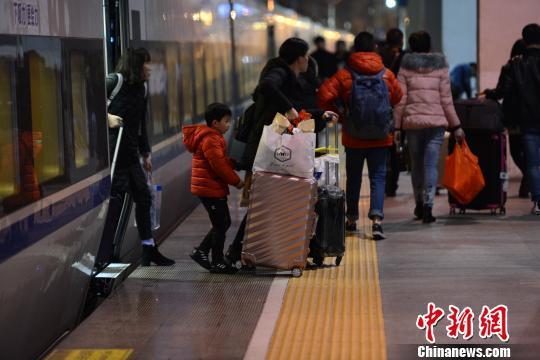 共享的中国:春运搭上共享经济顺风车