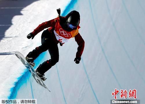 平昌冬奥会中国首枚奖牌!刘佳宇单板U型池摘银