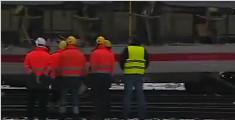 奥地利火车侧撞事故 1人死亡22人受伤