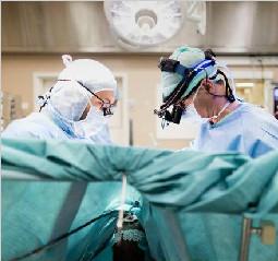 瑞士医生年薪达千万元 放射科医生收入最高
