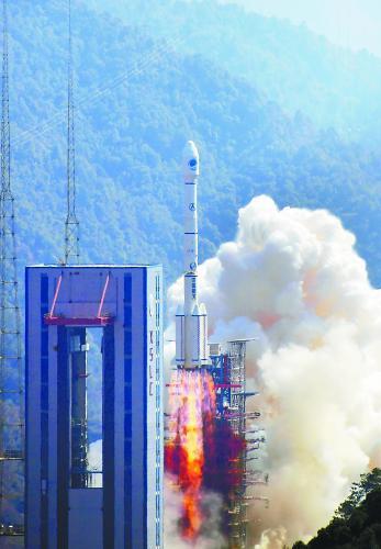 """一箭双星!中国航天开启""""超级2018"""""""