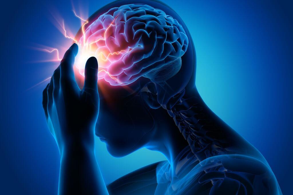 偏头痛怎么办?研究揭示维生素与偏头痛有关联