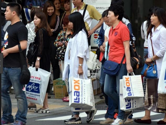 中国游客:移动支付带来效益的同时也带来了竞争