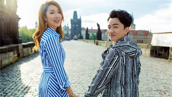 王祖蓝李亚男结婚三周年甜蜜幸福
