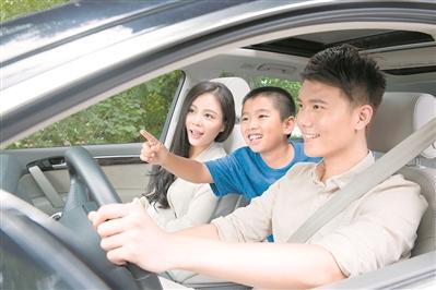 驾车出行怎样护腰 准确坐姿许多人做不到