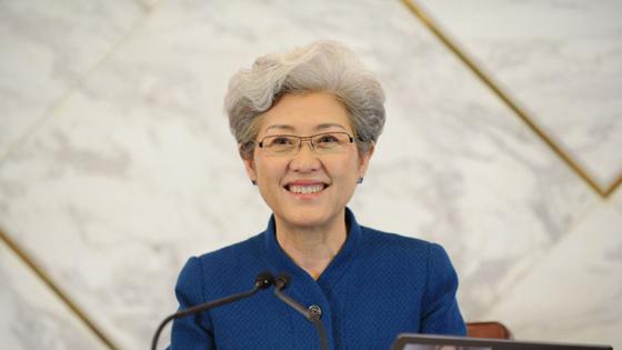 傅莹:中国核武库规模非常小 坚持自卫防御核战略