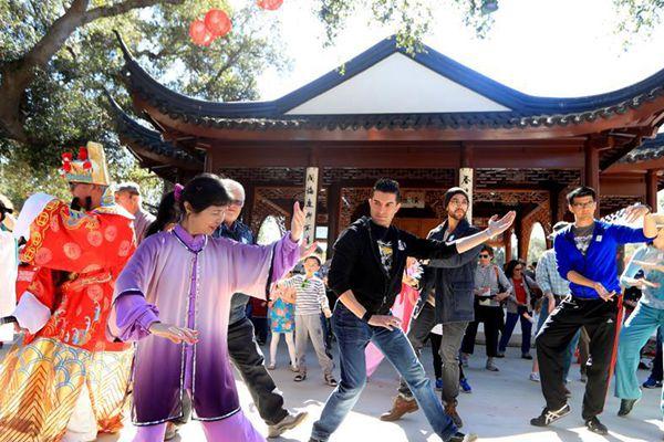 中国春节文化活动在洛杉矶举行