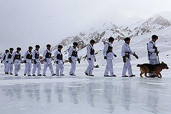 全军海拔最高的哨所:海拔5418米 最美的坚守