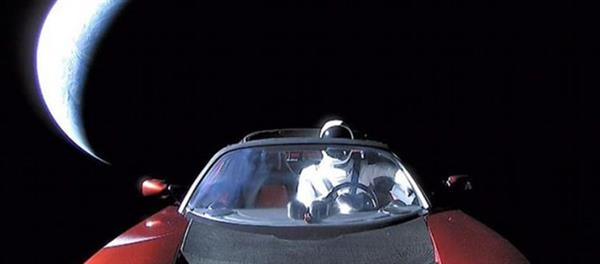 被射到太空的特斯拉去哪儿了?这个网站能告诉你