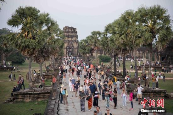 吴哥窟6天吸引逾7万外国游客 中国人最多