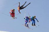 冬奥会自由式滑雪男子障碍追逐决赛举行