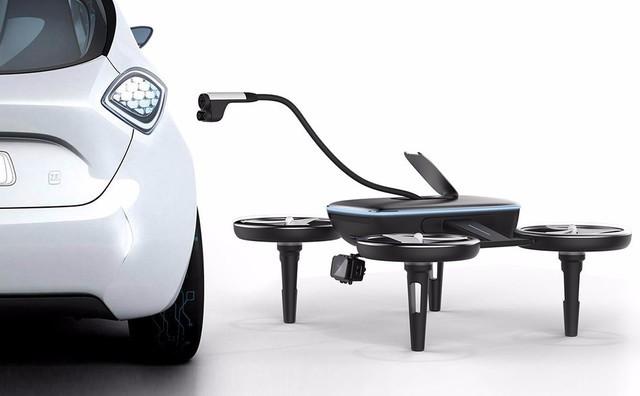 能给汽车充电的无人机 再也不怕EV车没电