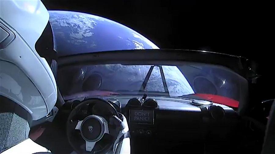 马斯克的跑车在太空会飞到哪里?有人做了计算
