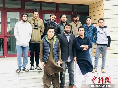 """外国留学生过春节:""""家""""是共通的语言!"""