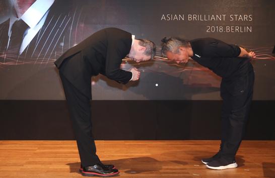 """""""亚洲璀璨之星""""七项大奖柏林颁发,中国电影"""