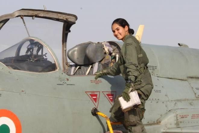 创造历史!印度首位女歼击机飞行员驾驶米格21升空