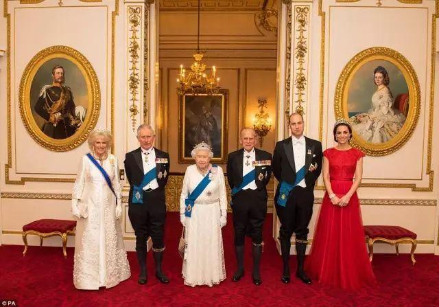 英国皇室到底多有钱?