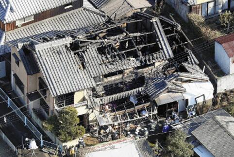 日本大阪一民宅凌晨突发大火 现场发现3具遗体
