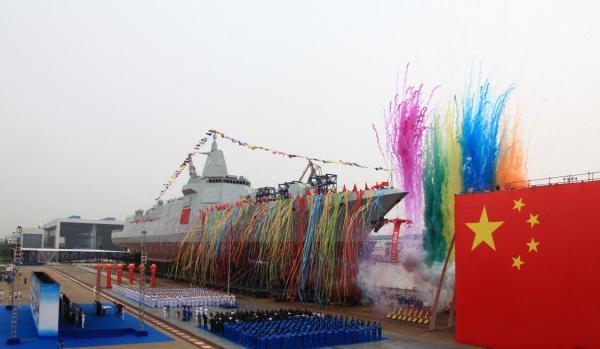 英智库:中国四年建成一个英国皇家海军 击败美国还需十年