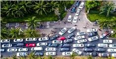 海南离岛现天价机票最高近2万 专家称航企涉嫌垄断