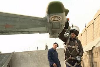 被击落不为所动 俄继续展示驻叙苏25战机